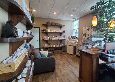 Elements Day Spa reception lounge featuring jane iredale & Mirabella makeup & Kerstin Florian products
